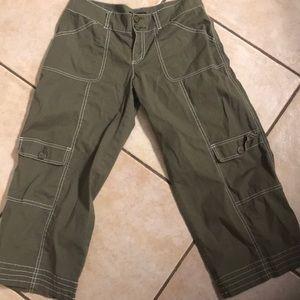 Bebe army green Capri pants
